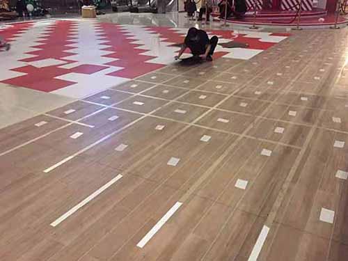 礼嘉天街商场PVC纯色片材地胶造型铺装