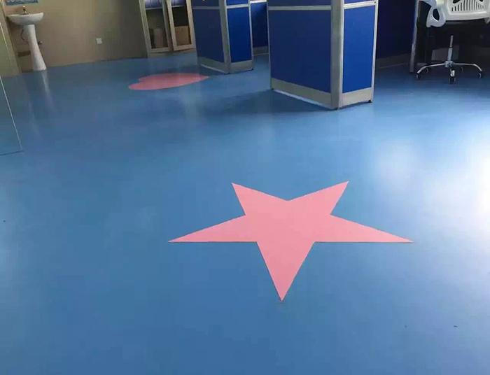 儿童bvc地板安装