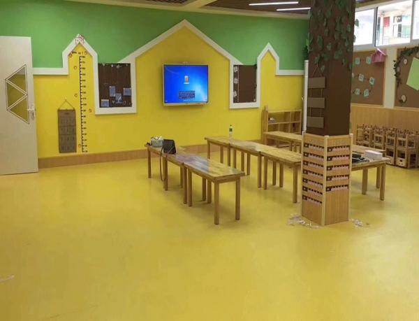 幼儿园专用环保地胶