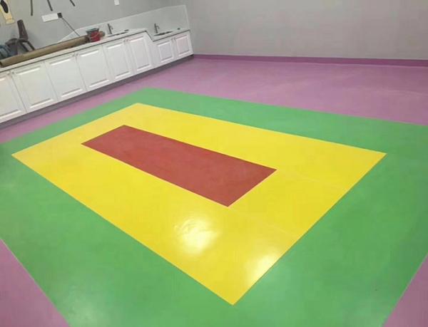 儿童防滑地板胶