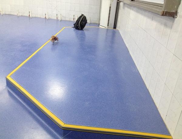 重庆PVC地板翻新维修